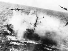 Bateau anglais attaqué par la Luftwaffe