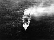 Bataille de Midway : le porte avions « Hiryu » en feu au matin du 5 juin