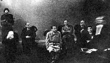 Le procès de Vérone : les accusés ; de gauche à droite : De Bono, Pareschi, Ciano, Gottardi, Marinelli, Cianetti