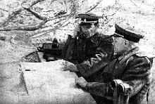 L'inexorable avance soviétique. Ici, le maréchal Koniev sur le front d'Ukraine