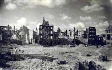 Varsovie : après la fin du soulèvement, la ville est rasée par les Allemands