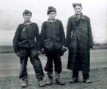 Jeunes du Volksturm, de moins de 16ans… Ceux-là ont eu de la chance : ils ont été faits prisonniers
