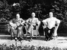 Conférence de Potsdam : Churchill, Truman et Staline