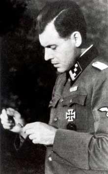 Le Dr Mengele à Auschwitz