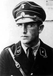 Johann Schwarzhuber: il commande le camp de Birkenau de mars 1942 à novembre 1944, avant de partir pour Ravensbrück