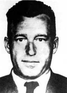 Franz Stangl (1908–1971), membre de la police criminelle à Linz, SS-Hauptsturmführer, Stangl est transféré à Hartheim comme policier; il y succède à Christian Wirth avant d'être versé dans le staff de l'Aktion Reinhard, où il devient commandant de Sobibor puis de Treblinka. Il fuit au Brésil en 1945. Livré à l'Allemagne en 1967, il est condamné à la prison à vie en 1970. Il meurt en prison le 28 juin 1971