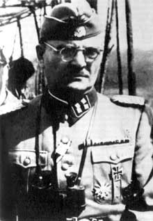 Christian Wirth (1885�1944) est en 1940 chef de police de l��tablissement d�euthanasie de Hartheim. Il y gagne son surnom de ��Christian le terrible��. Par la suite, il devient inspecteur en chef de tous les �tablissements d�euthanasie du Reich. En septembre 1941 il devient un des responsables de l�Aktion Reinhard comme commandant de Belzec et de Sobibor. En 1943 il part avec son �quipe pour nettoyer la zone de Triste de ses Juifs� Il est tu� en mai 1944 par les partisans