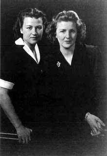 Eva Braun et sa soeur Gertl